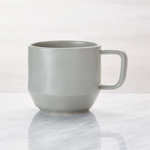 Taza-de-Gres-Gris-Visto-Crate-and-Barrel
