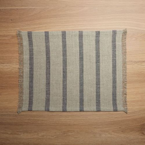 Mantel-Individual-Beckett-Grey-Stripe-Linen-Crate-and-Barrel