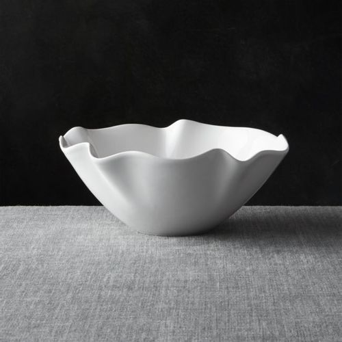 Bowl-Ruffle-Blanco-Chico-Crate-and-Barrel
