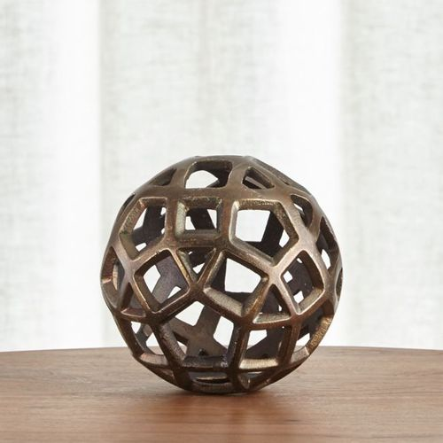 Esfera-de-Metal-Decorativa-Geo---Chica-Crate-and-Barrel